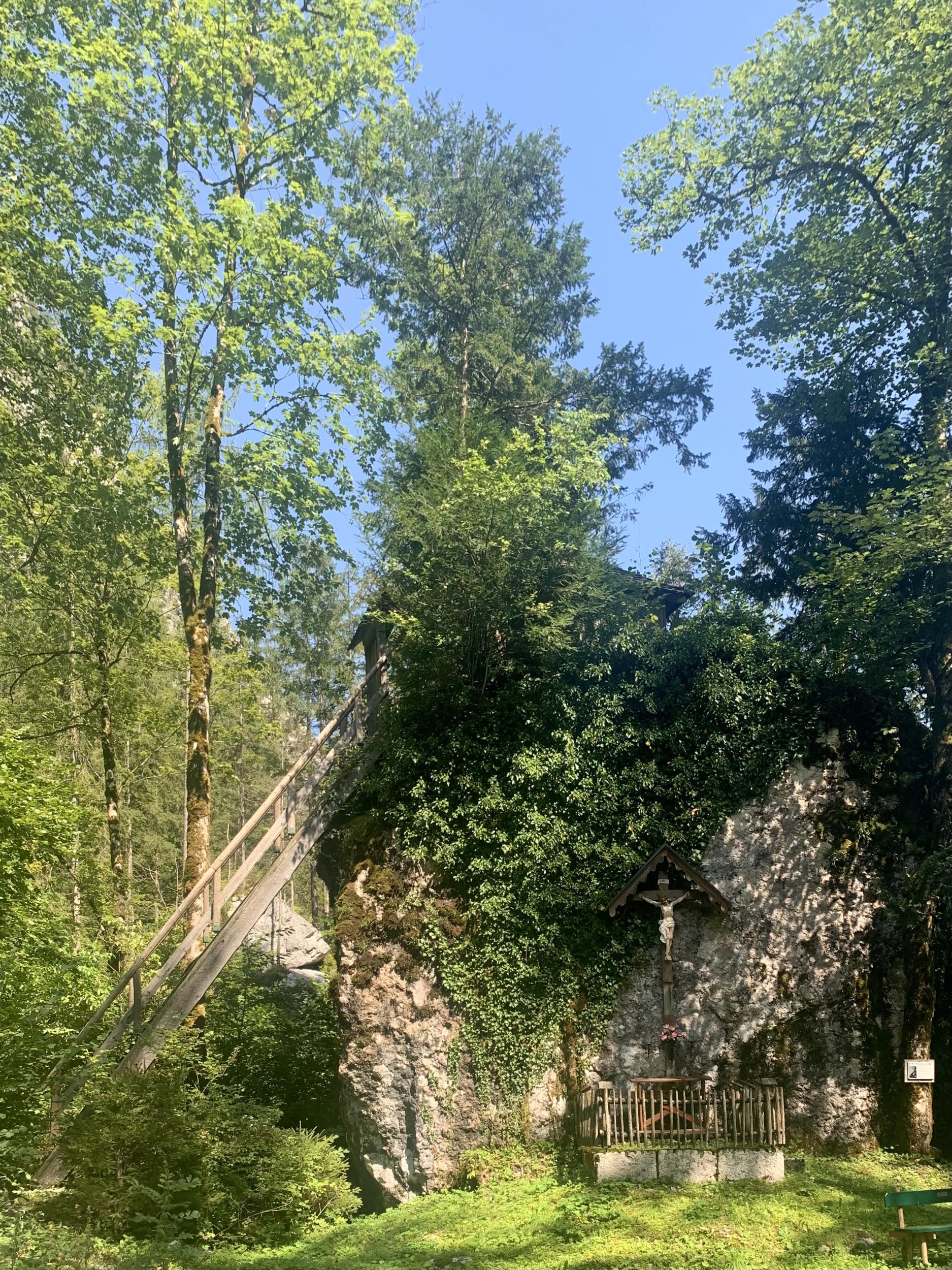Der Kreuzfelsen im Echerntal von Hallstatt