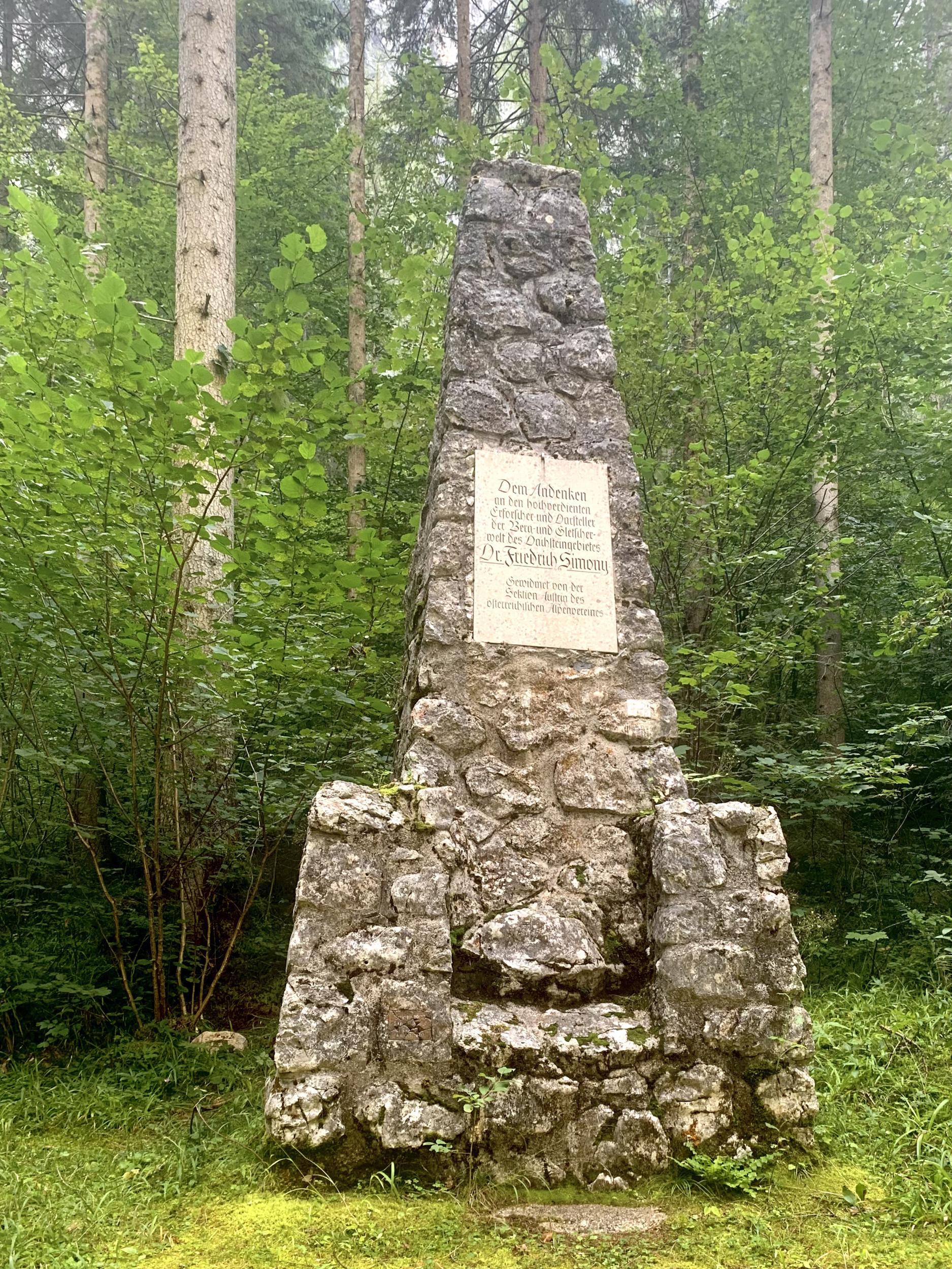 Simony Denkmal im Echerntal